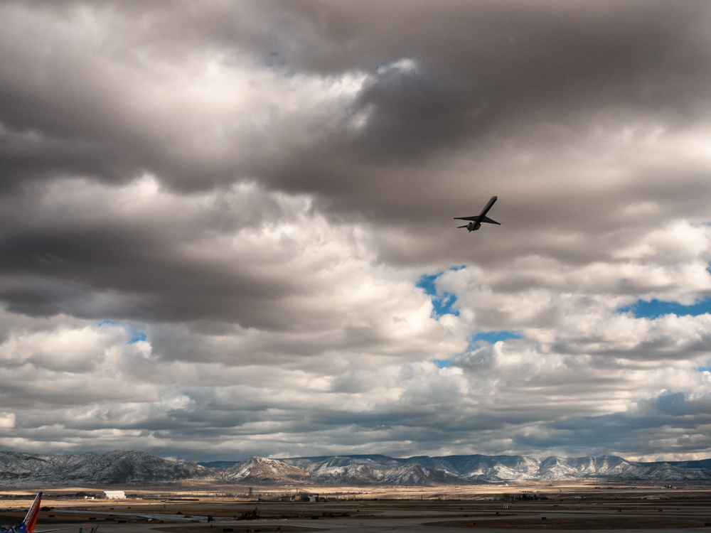 27 Dec 2014: Mountains and clouds at Albuquerque International Sunport Airport