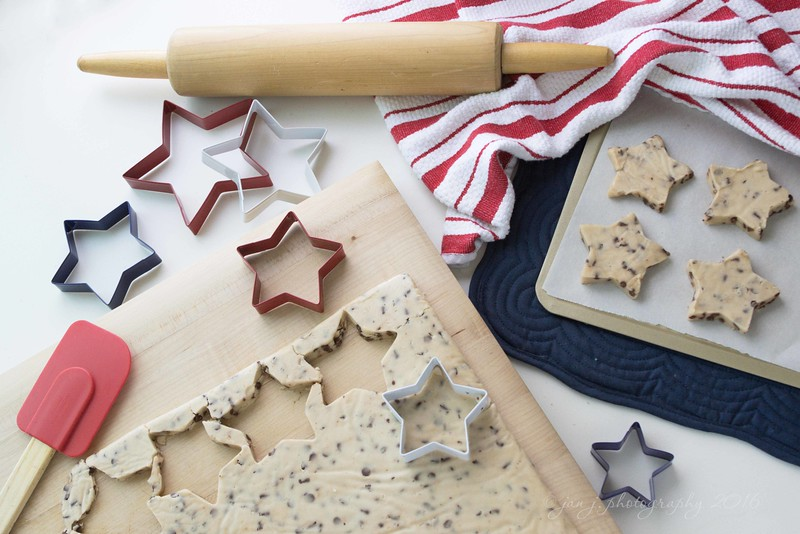 July 1 - Chocolate Chip Shortbread Stars...  #CY365 - Tools
