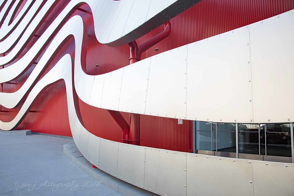February 3 - Craig took me to the Petersen Automotive Museum today. I took a few hundred photos...but only five of cars. I preferred the outside architecture.<br /> <br /> #CY365 - On the Line/Arranged/Side by Side<br /> Petersen Automotive Museum<br /> Los Angeles, CA