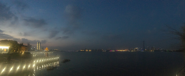 23 Apr: Nightfall, Suzhou, China