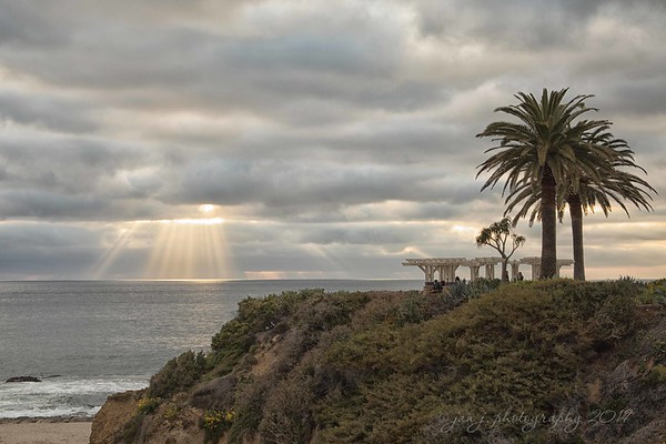 "April 3 - ""Light of the world: You stepped down into darkness; Opened my eyes, let me see""...and I am thankful.<br /> <br /> #CY365 - Shine<br /> <br /> The Montage<br /> Laguna Beach, CA"
