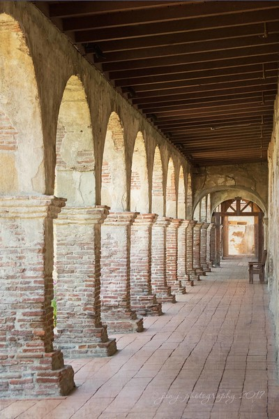 September 7 - I love the long, quiet halls of the mission. I'm thankful for the peacefulness there...<br /> <br /> #CY365 - Corridors<br /> Mission San Juan Capistrano