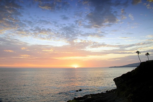 July 30 - I'm always thankful to capture the last fleeting moments of the sunset...<br /> <br /> #CY365 - Fleeting<br /> Laguna Beach, CA