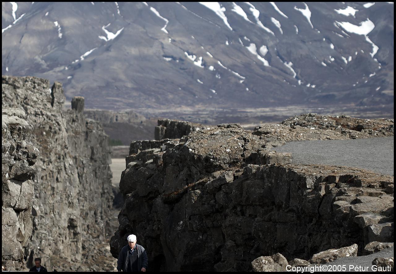 27 April. Almannagjá at Þingvellir.