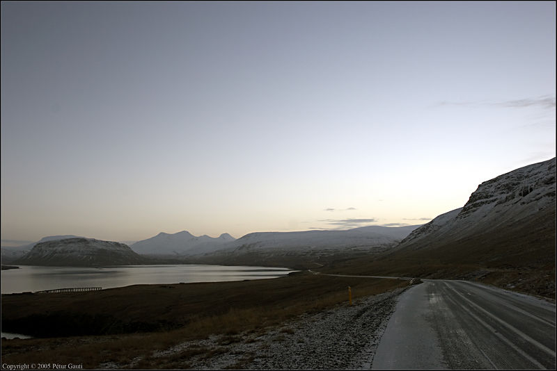 Nov. 11. The way into Hvalfjörður.