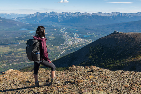 Hiking above the Jasper Skytram