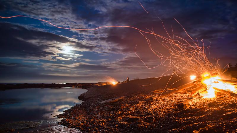 Oceanside Dual Campfires
