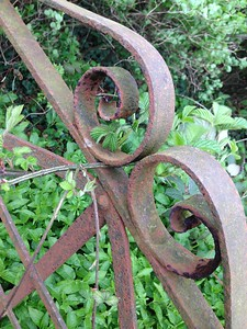 Rusty gate KBF