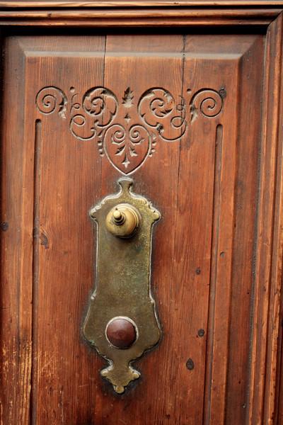 Spanish doorbell