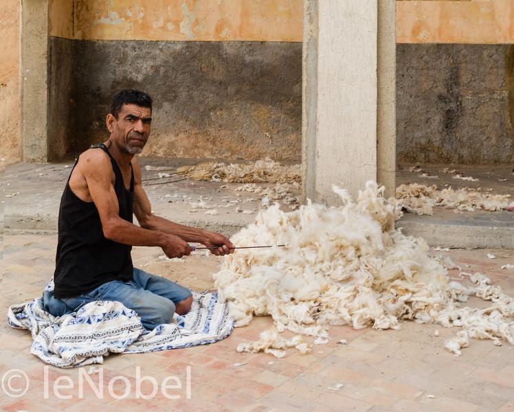03-02-Fluffing Sheeps Wool-Neil leNobel