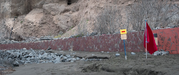 Beach site needs a little update?