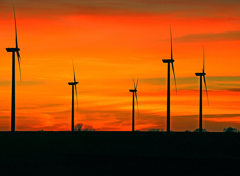 Wind Turbines 002<br /> <br /> Kansas is leading the nation in the number of wind turbines under construction. Kansas will have over 600 turbines by the end of the year with the capacity to power over 300,000 households.