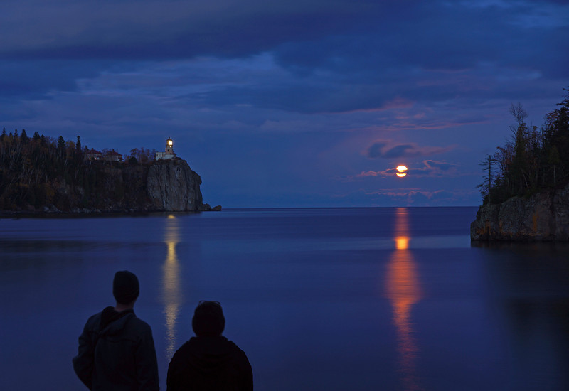 Moonrise over Split Rock 002<br /> <br /> Several campers lined up along the shore to watch as the moon rose above the horizon.