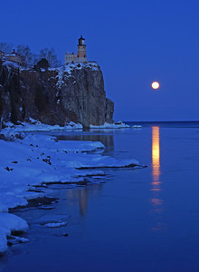 Valentine's Day Moonrise at Split Rock 002