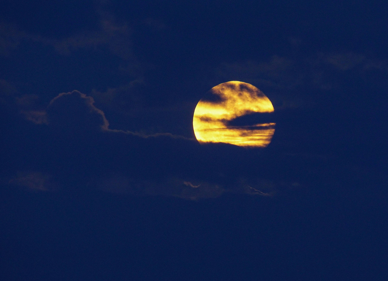 Super Moon Over Grand Marais 001