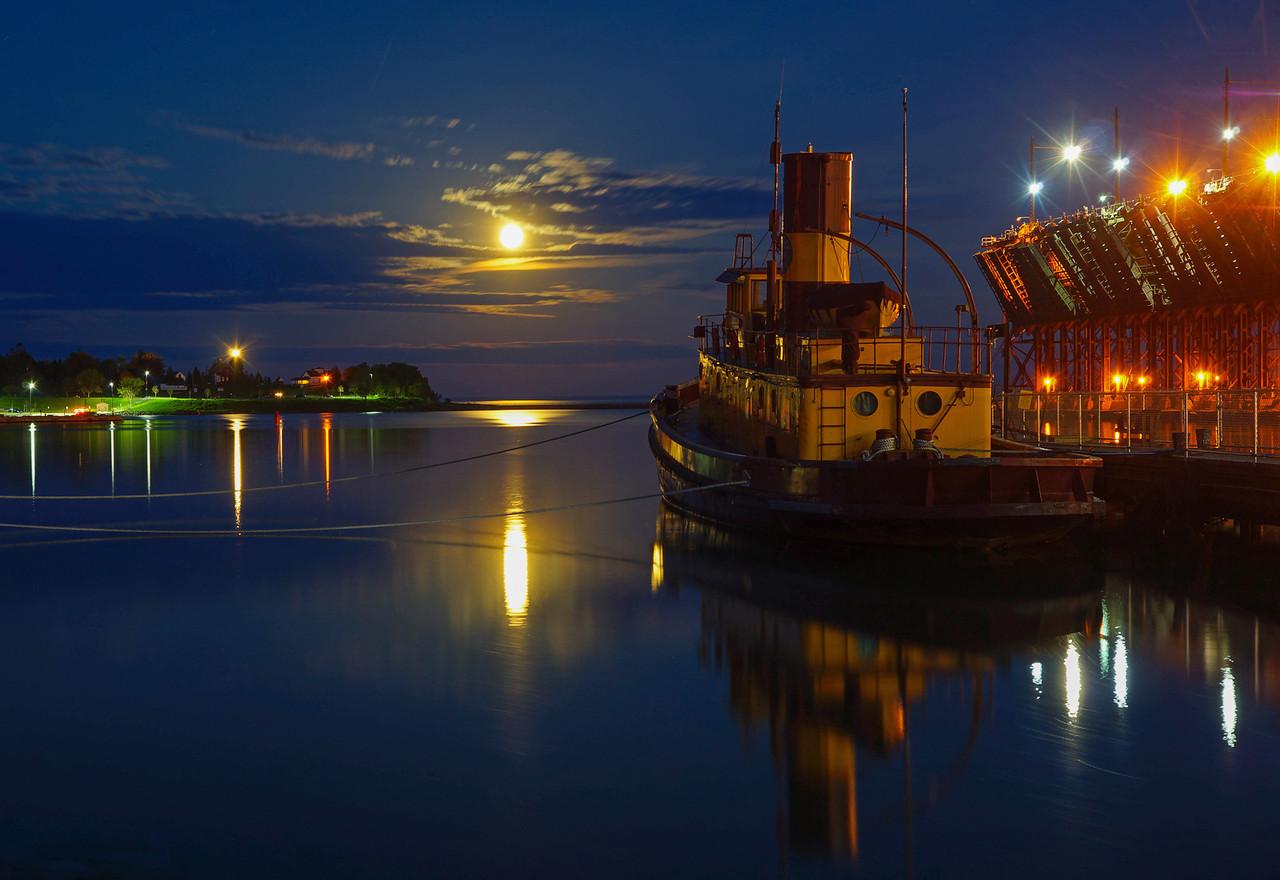 Agate Bay Moonrise