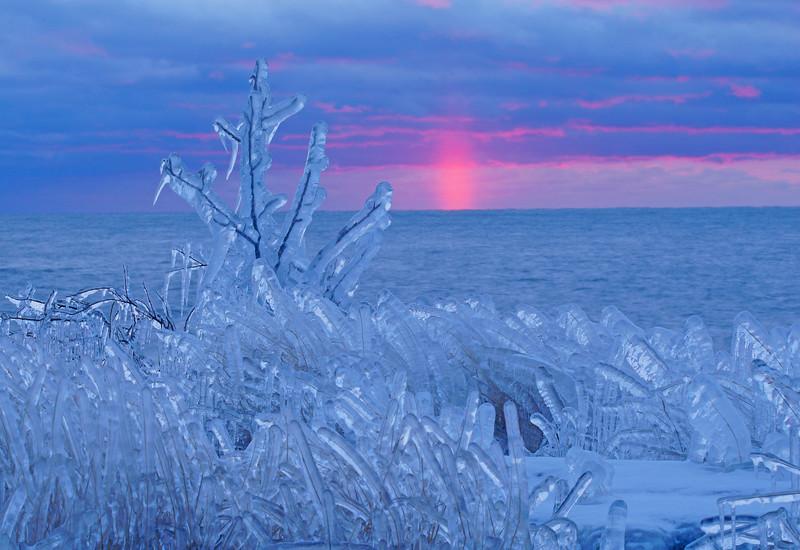 Grand Marais Harbor Ice 002