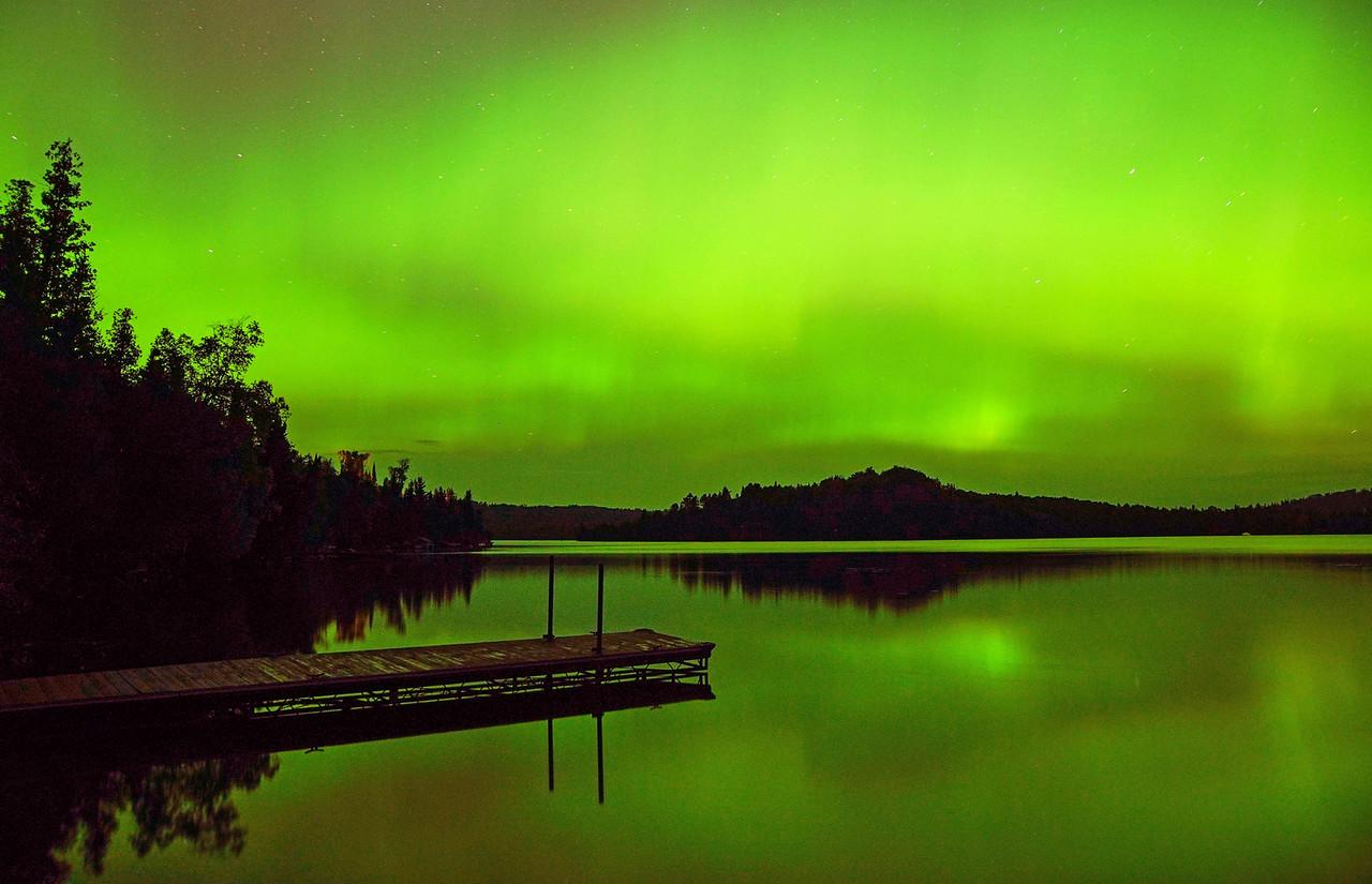 Northern Lights Caribou Lake 002