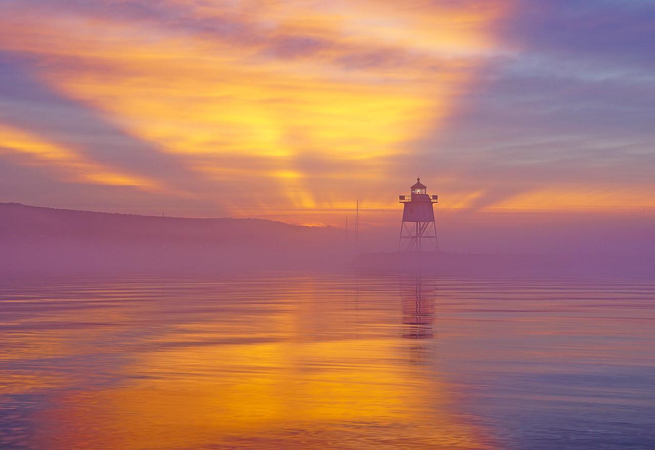 Grand Marais Sunrise 008