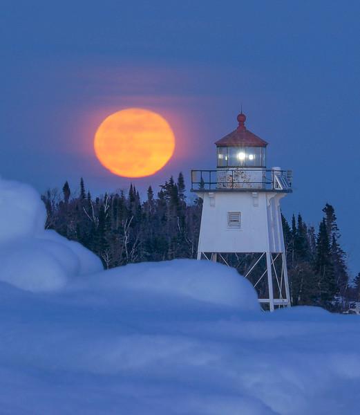 Moonrise Over Artist Point 003