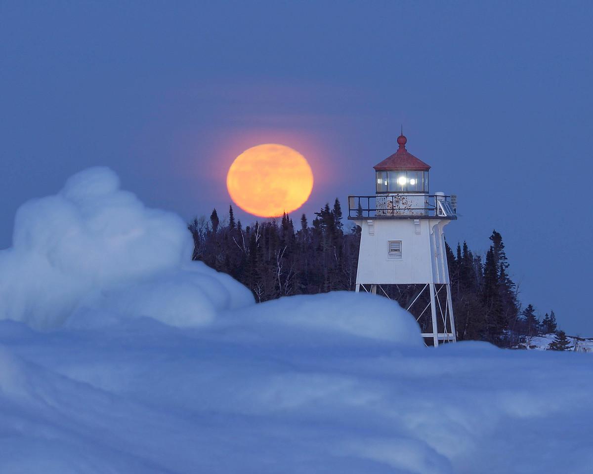 Moonrise Over Artist Point 002
