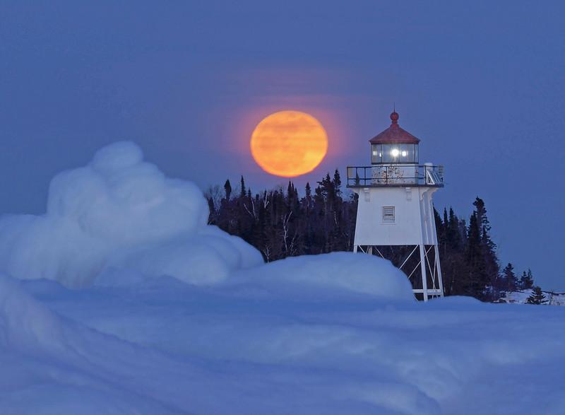 Moonrise Over Artist Point 001