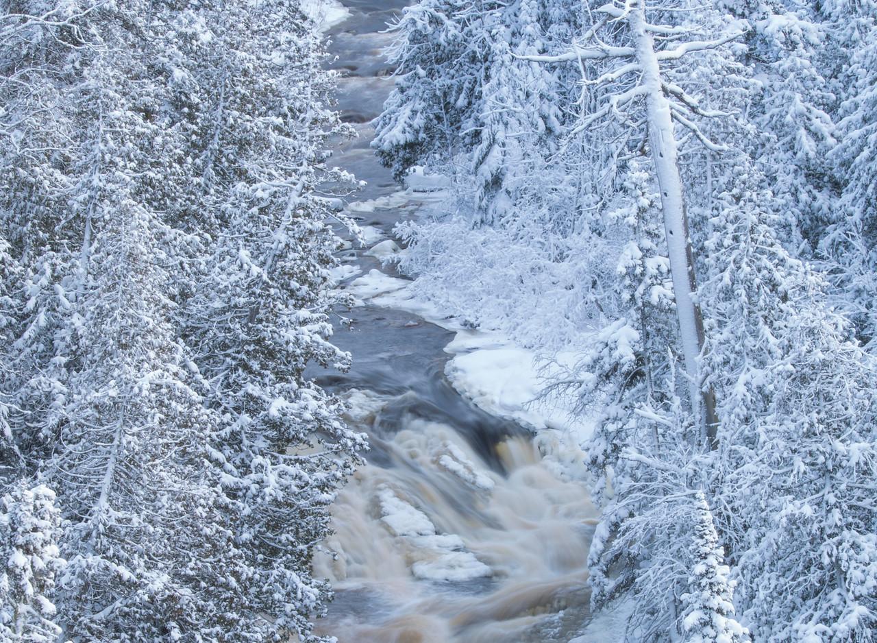 Hidden Falls Cascade River 002