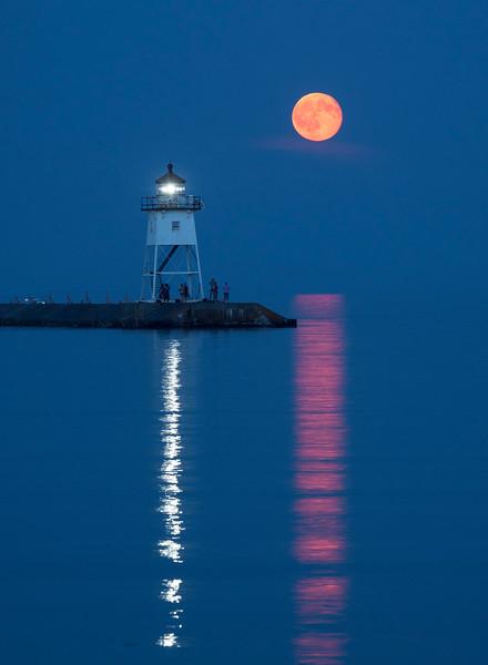 Moonrise Grand Marais Harbor 001