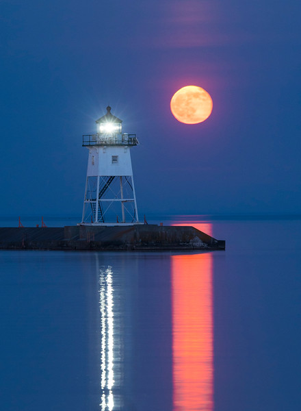 Moonrise Grand Marais Harbor 002