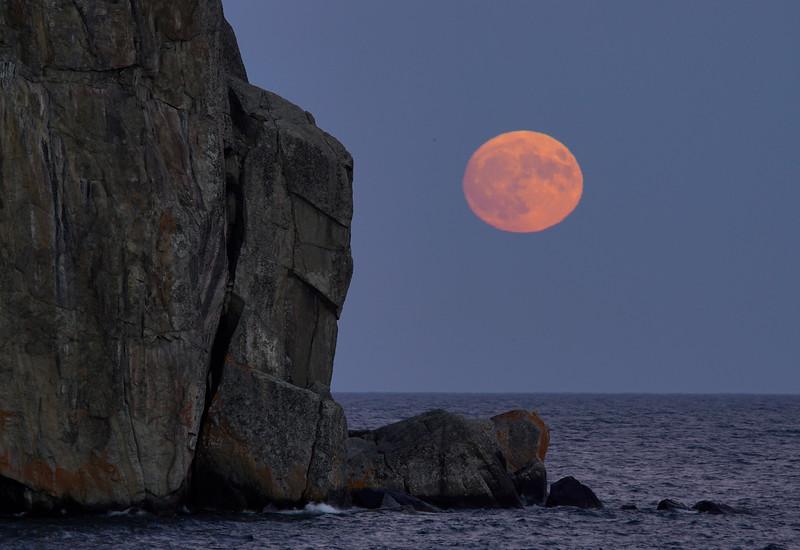 Super Moon 001