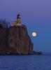 Moonrise Split Rock Lighthouse 001