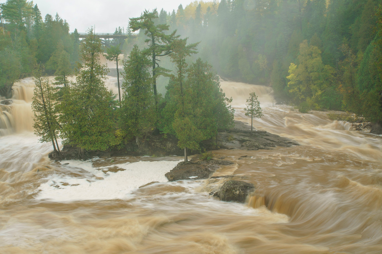 High Water Gooseberry Falls 002