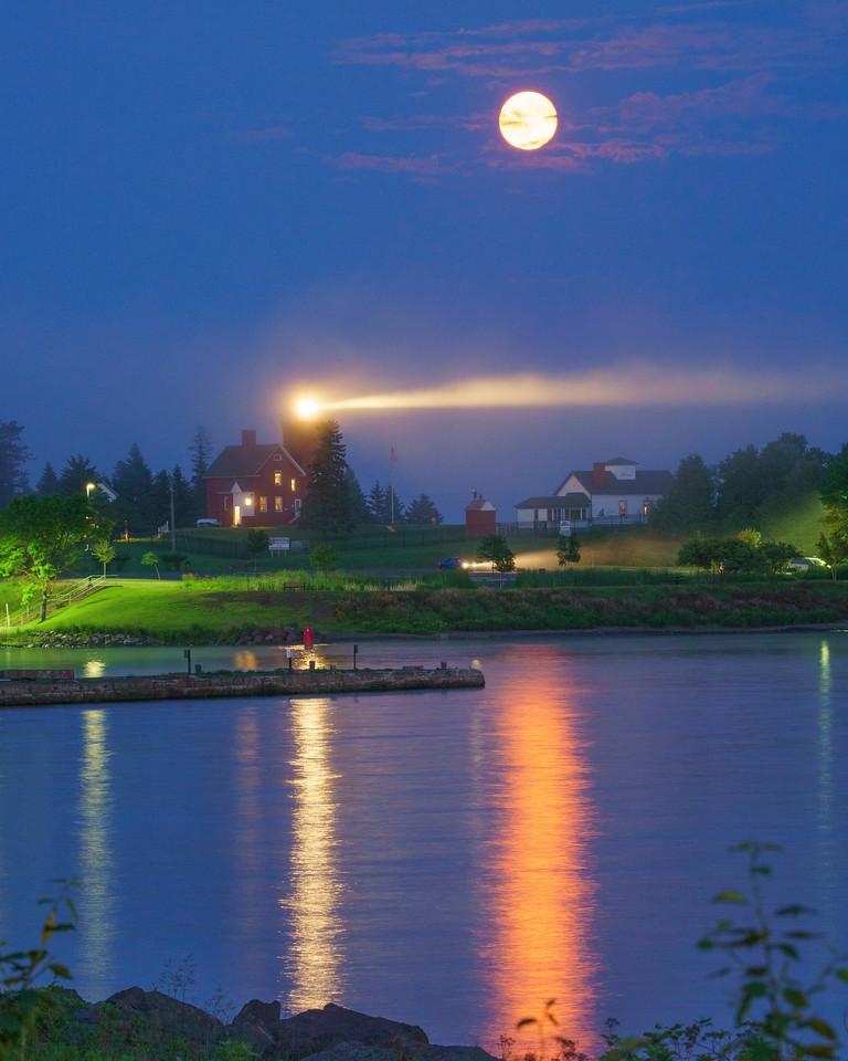 Agate Bay Moonrise 001
