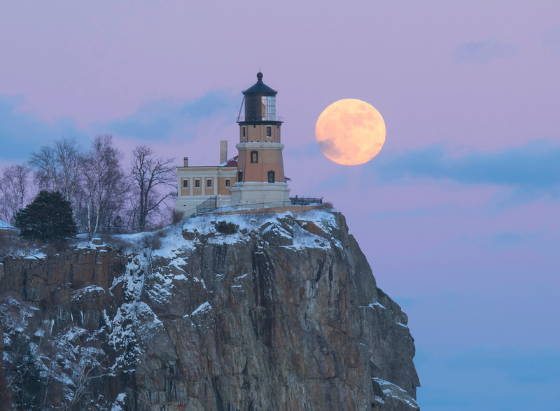 Split Rock Moonrise 003