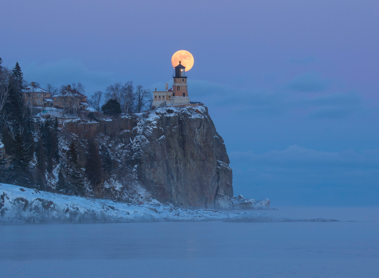 Split Rock Moonrise 004