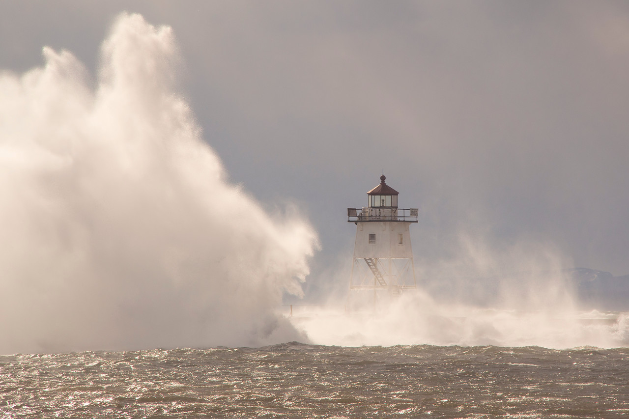 Lake Superior Storm 005