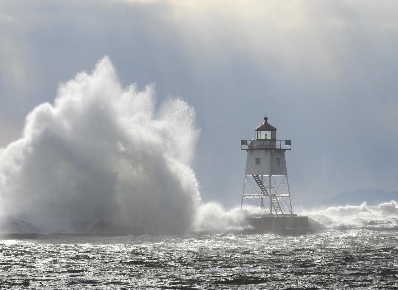Lake Superior Storm 004