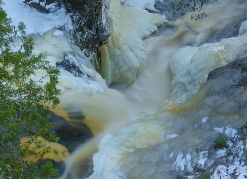 Cascade River 006