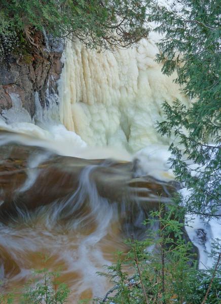 Cascade River 003