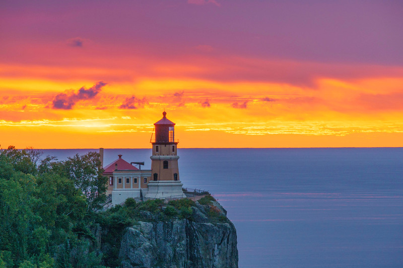 Split Rock Lighthouse Sunrise 003