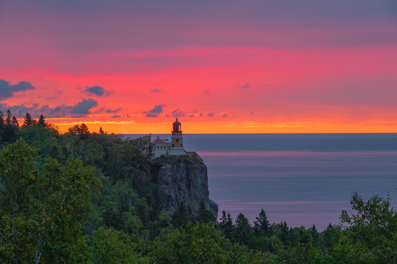 Split Rock Lighthouse Sunrise 001