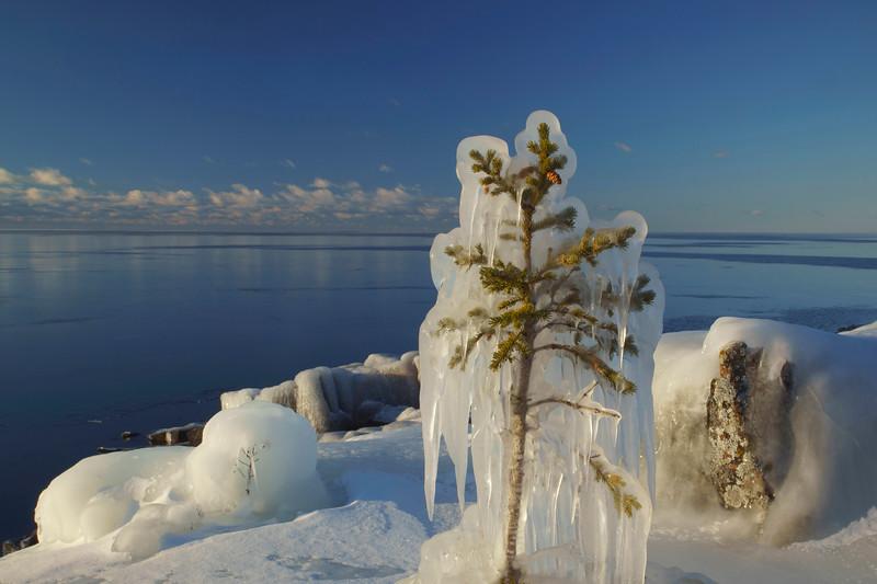 Ice Grand Marais Shoreline 002