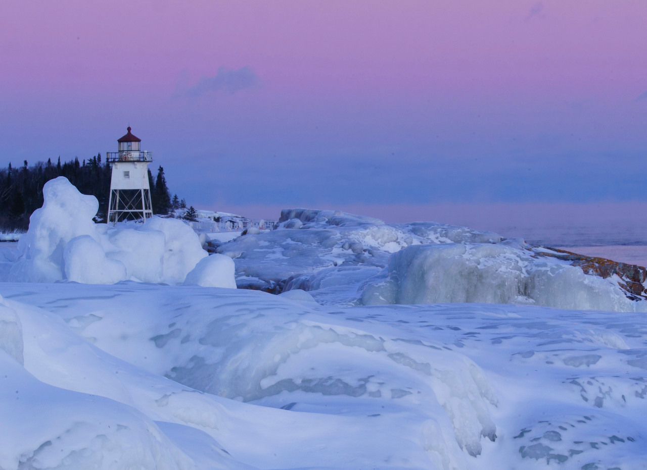 Grand Marais Ice 003