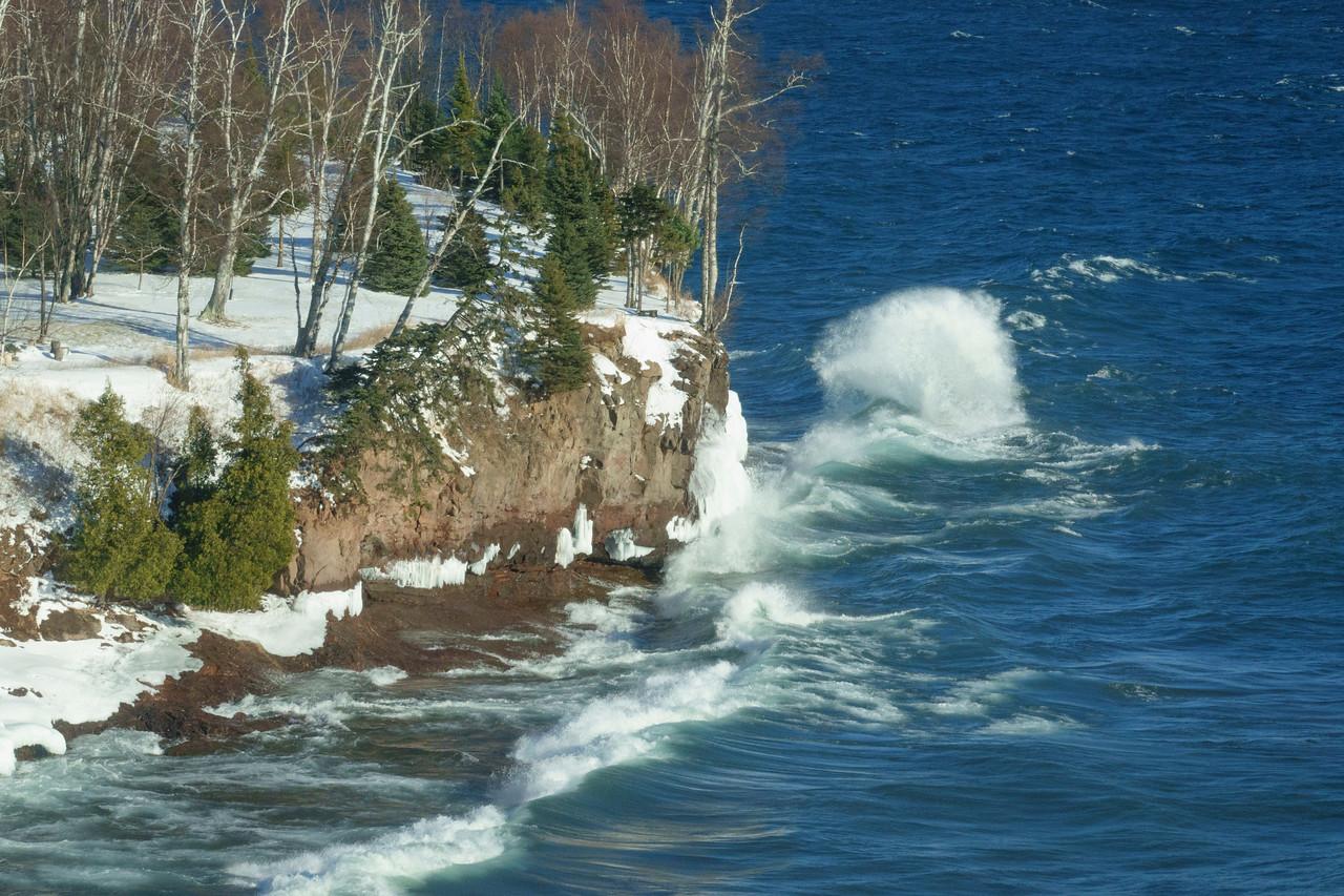 Lake Superior Waves