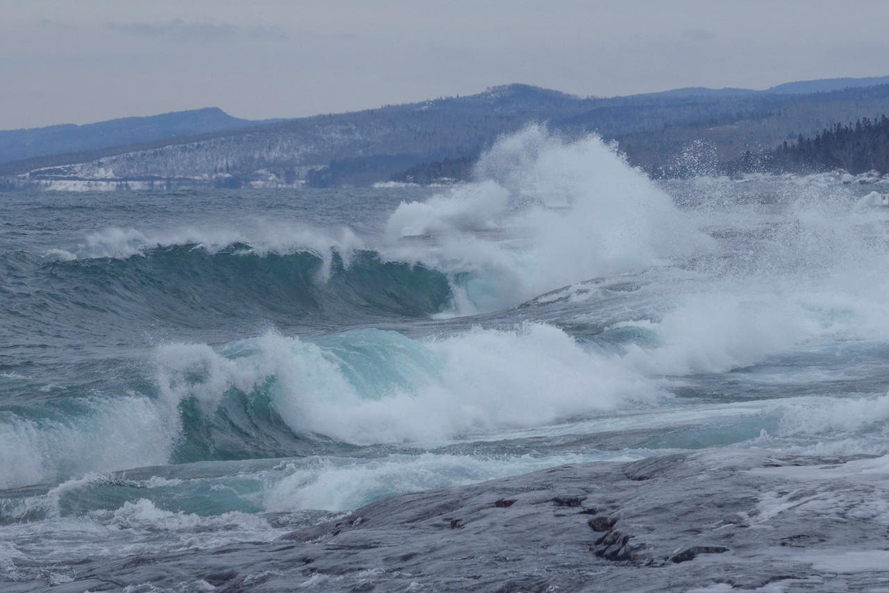 Lake Superior Waves 003
