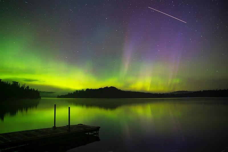 Caribou Lake Aurora 006