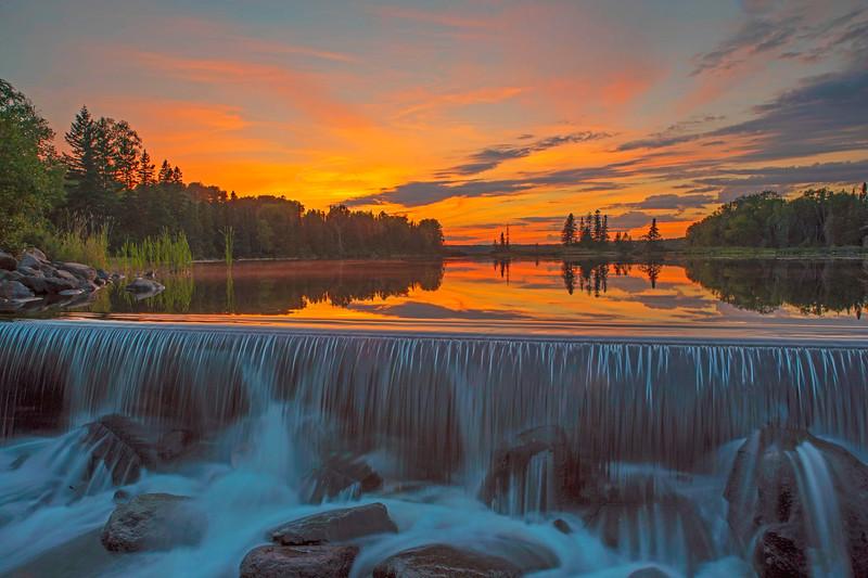 Sunset Devil's Track Lake