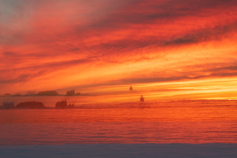 Sunrise Grand Marais Harbor 004