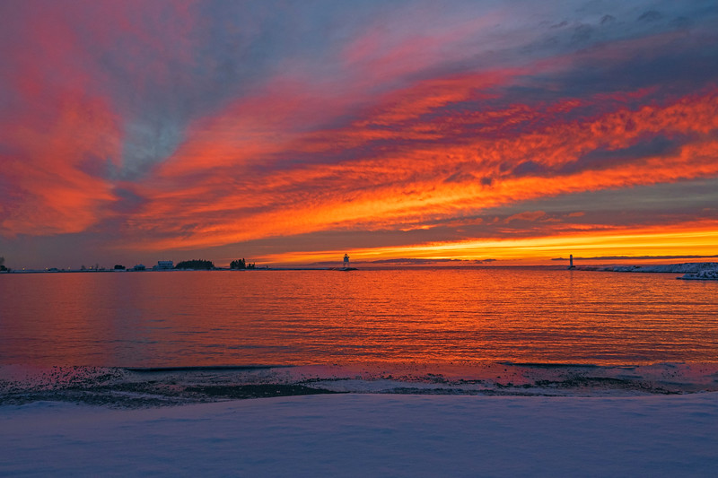 Sunrise Grand Marais Harbor 001