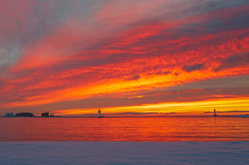 Sunrise Grand Marais Harbor 003